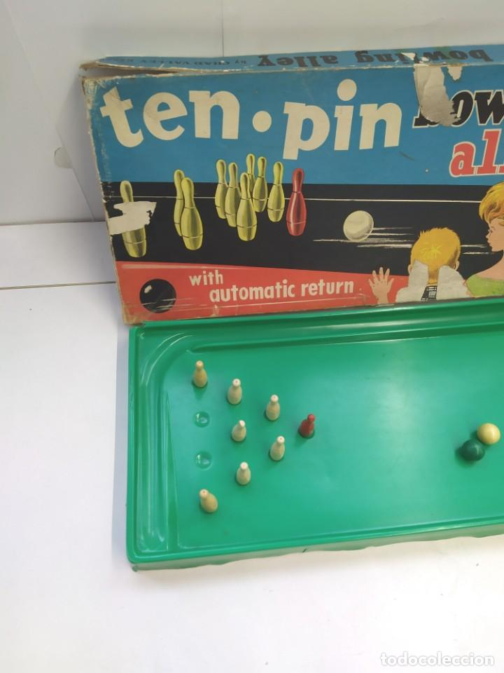 Juguetes antiguos: JUGUETE BOLERA TEN PIN PERMA-BOWLING ALLEY-JUGUETE ANTIGUO- - Foto 3 - 246729370