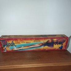 Giocattoli antichi: ESPADA HOOK PITER PAN DE MATTEL 80-90. Lote 248728350