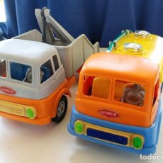 Brinquedos antigos: DOS CAMIONES A FRICCIÓN GEYPER. AÑOS 60. NUEVOS. Lote 253941535