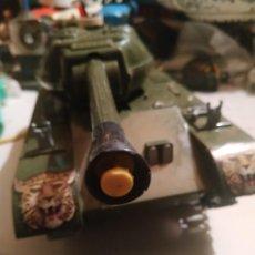 Brinquedos antigos: JUGUETE TANQUE LANZA-VENTOSAS T-206 DE CLIM. Lote 262266840