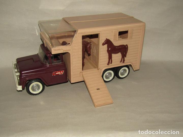 Juguetes antiguos: Antigua Camioneta Gran Tamaño Transporte de Caballos Establo de BUDDY L - Made in USA - Año 1960s. - Foto 9 - 263180315