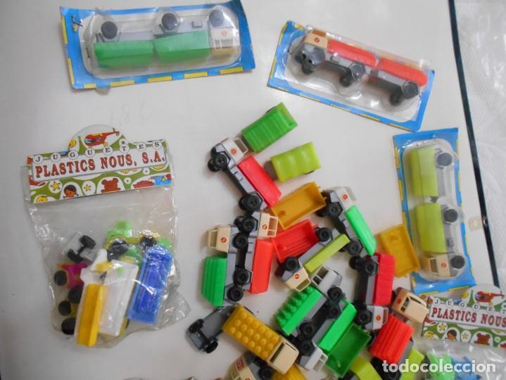 Juguetes antiguos: juguetes camiones blister etc años 6-70 - Foto 3 - 263192115