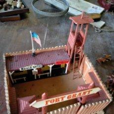Juguetes antiguos: FUERTE COMANSI FORT GRANT EL ORIGINAL DE MADERA. Lote 271619853