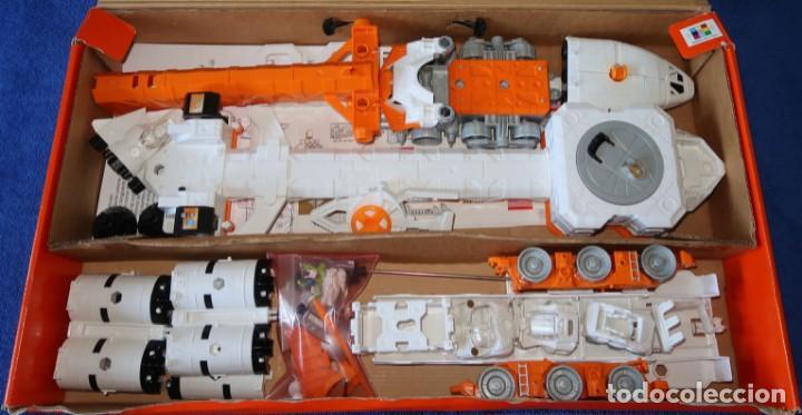 Juguetes antiguos: Mega-Rig - Base Espacial con motor - Laboratorio Orbital - Matchbox - Mattel (1998) - Foto 3 - 271660543