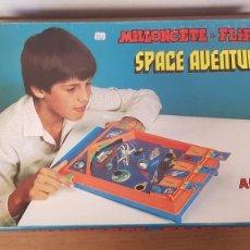 Juguetes antiguos: JUEGO DE PETACOS MILLONCETE FLIPPER SPACE AVENTURER DE AIRGAM. Lote 295499373