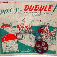 Juguetes antiguos de hojalata: CICLISTA DE HOJALATA FRANCÉS VAS-Y DUDULE LE MERVEILLEUX CYCLISTE TOUR FRANCE AÑOS 30. Lote 8261993