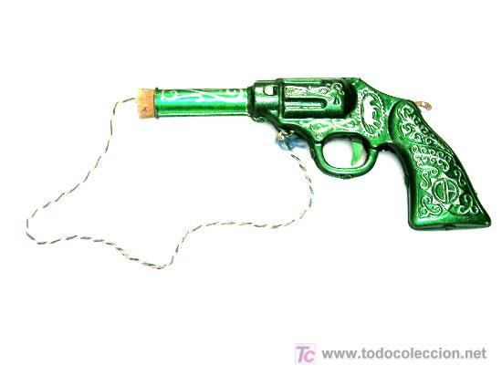 Juguetes antiguos de hojalata: Revolver del oeste fabricado en lata por la casa CH Climet Hnos, años 50. Pintura original excelent - Foto 2 - 23219715