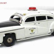 Juguetes antiguos de hojalata: COCHE POLICÍA MILITAR HUDSON TIPPCO TIPCO MADE IN WESTERN GERMANY HOJALATA A FRICCIÓN 1950. Lote 11114609