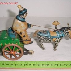 Juguetes antiguos de hojalata: CARRITO PAYASO. Lote 27244532