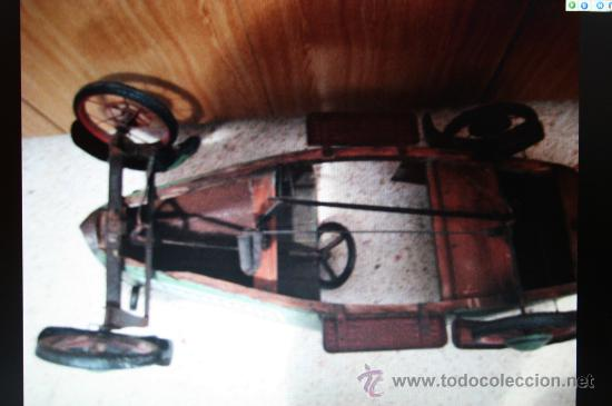 Juguetes antiguos de hojalata: ANTIGUO COCHE DE HOJALATA A PEDALES - Foto 5 - 12384171