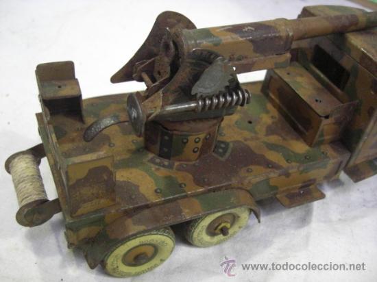 Juguetes antiguos de hojalata: Juguete Aleman. Made in Germany. Camión con cañón de la casa TIPPCO. - Foto 5 - 27460022