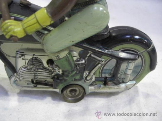 Juguetes antiguos de hojalata: Moto MAC.Juguete Alemán. Fabricada por ARNOLD. - Foto 4 - 26272199