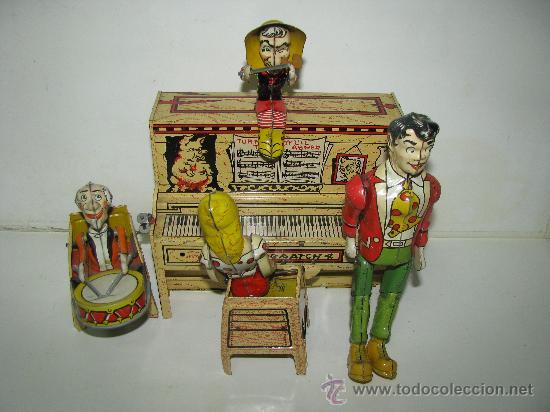 ANTIGUA BANDA DOGPATCH AL PIANO,EN LATA LITOGRAFIADA Y CUERDA DE UNIQUE ART,USA,AÑO 1940S,EXCELENTE (Juguetes - Juguetes Antiguos de Hojalata Españoles)