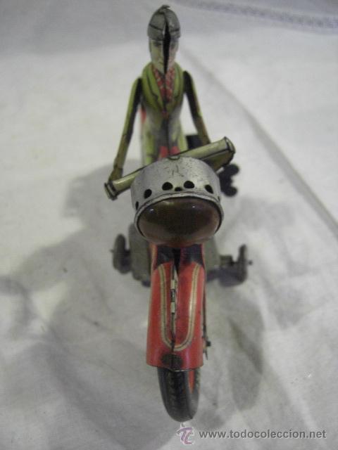 Juguetes antiguos de hojalata: Moto fabricada en Alemania. Union Cord. A 643. Arnold. Hojalata. - Foto 9 - 26829868