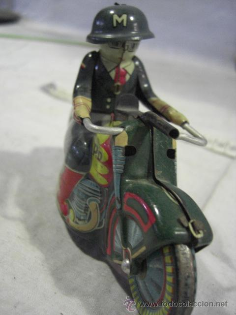 Juguetes antiguos de hojalata: Moto fabricada en Japón. Japan. PD. Hojalata. - Foto 8 - 26914079