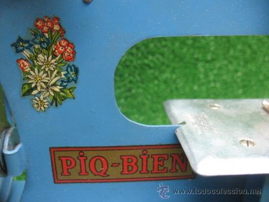 Juguetes antiguos de hojalata: PIQ-BIEN MAQUINA DE COSER, FRANCESA - Foto 4 - 25880934