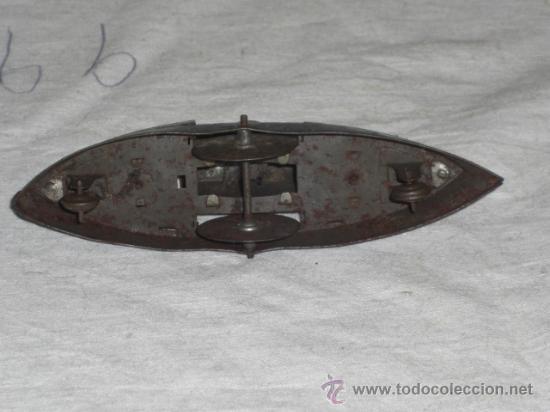 Juguetes antiguos de hojalata: Barco pequeño muy antiguo. Años 1900 / 1920. Posible Marklin ¿¿??. - Foto 13 - 26598333