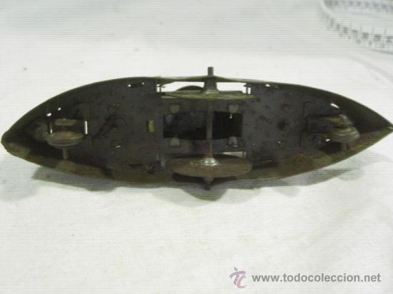 Juguetes antiguos de hojalata: Barco pequeño muy antiguo. Años 1900 / 1920. Posible Marklin ¿¿??. - Foto 14 - 26598333