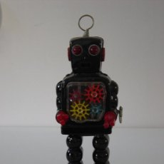 Juguetes antiguos de hojalata: ROBOTS-ROBOT JAPONES DE HOJALATA -TIN TOY-PERFECTO-CUERDA. Lote 25220561
