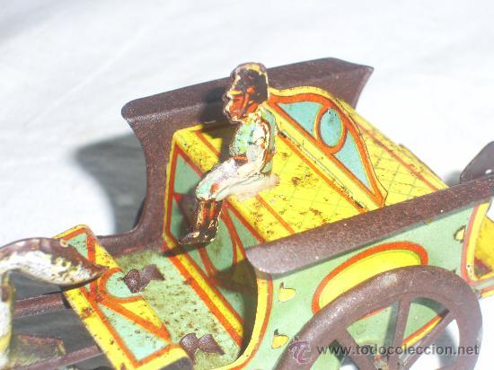Juguetes antiguos de hojalata: Carro Rico de ojalata con figura. - Foto 10 - 26651978
