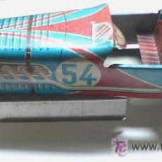 Juguetes antiguos de hojalata: COCHE CARRERAS HOJALATA- M.L. 510- FRANCIA- 25,5 CMS LARGO- VELL I BELL. Lote 26414445