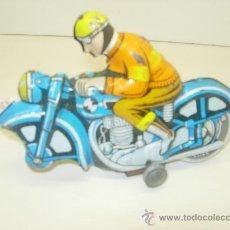 Juguetes antiguos de hojalata: MOTO DE CHAPA HOJALATA. Lote 28312772