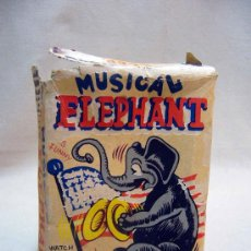 Juguetes antiguos de hojalata: MUSICAL ELEPHANT, A CUERDA, BAILA Y TOCA LOS PLATILLOS, FABRICADO POR ALPS, JAPON, 1950S, EN SU CAJA. Lote 29247754