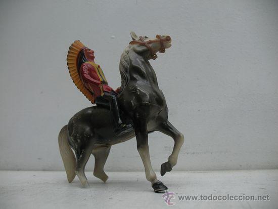 Juguetes antiguos de hojalata: INDIOS Y VAQUEROS, UN VAQUERO Y SU CABALLO CON UN INDIO Y SU CABALLO - Foto 4 - 29679491