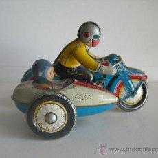 Juguetes antiguos de hojalata - Moto de hojalata con sidecar - 29696349
