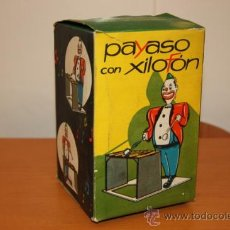 Juguetes antiguos de hojalata: MECANICA IBENSE CAJA VACIA DEL PAYASO CON XILOFON AÑOS 60. Lote 30073509