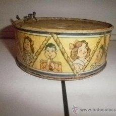 Juguetes antiguos de hojalata: PRECIOSO TAMBOR DE HOJALATA. Lote 30277428