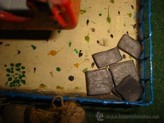 Juguetes antiguos de hojalata: NORIA ELECTRICA. AÑOS 50. CON TAQUILLA. 31 X 25CM. - Foto 3 - 30401355