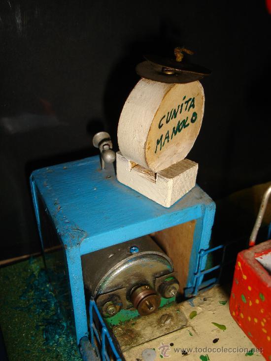 Juguetes antiguos de hojalata: NORIA ELECTRICA. AÑOS 50. CON TAQUILLA. 31 X 25CM. - Foto 2 - 30401355
