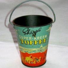 Juguetes antiguos de hojalata: CUBO HOJALATA. SHARPS SUPER KREEM TOFFEE. CIRCA 1920/30. Lote 33610450