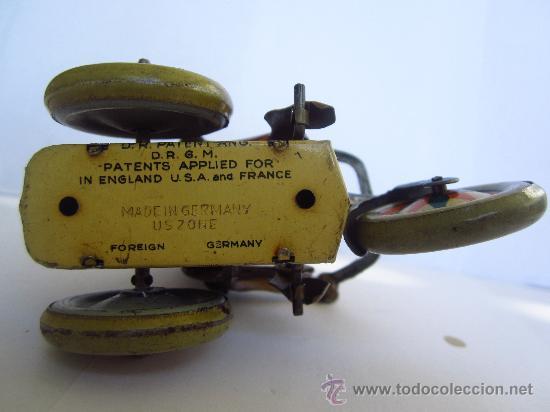 Juguetes antiguos de hojalata: 228--ANTIGUO MONO SOBRE TRICICLO EN HOJALATA LITOGRAFIADA CON CUERDA-ARNOLD- (Alemania), AÑOS 50's - Foto 4 - 35405045