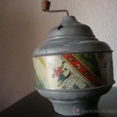 Juguetes antiguos de hojalata: RUECA MUSICAL ANTIGUA DE CHAPA, TIENE UN SONIDO MUY AGRADABLE. Lote 36536016