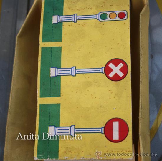 Juguetes antiguos de hojalata: ANTIGUO CIRCUITO EN HOJALATA - CIRCUIT AUTOMATIC LUXE - JOUETS GEM FRANCE - AÑO 1955 - CON 3 COCHES - Foto 5 - 36806811