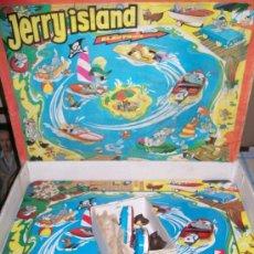 Juguetes antiguos de hojalata: PAYVASA. TOM Y JERRY. PISTA LATA JERRY ISLAND. ELECTRICA!!!PASCUAL Y VALLS.. Lote 37478757