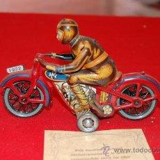Juguetes antiguos de hojalata: REPRODUCCIÓN ORIGINAL DE PAYA, MOTOCICLETA.. Lote 37697116