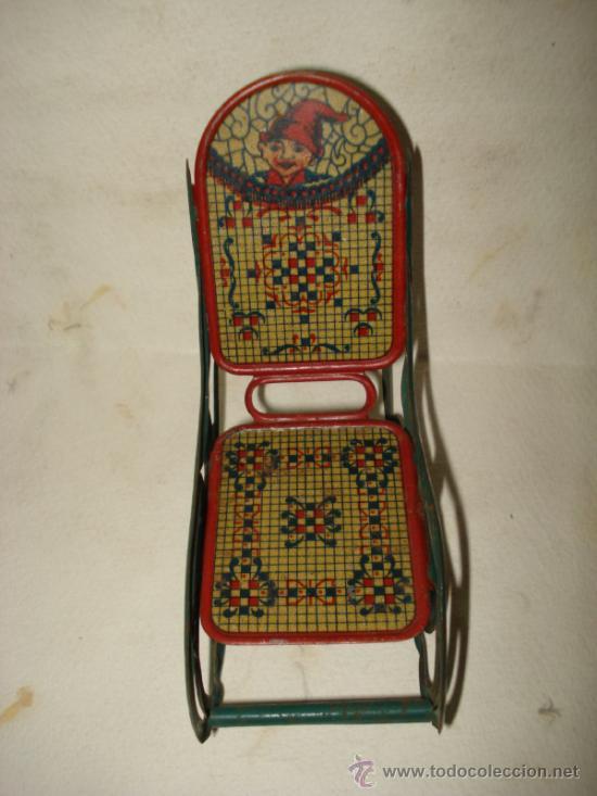 Juguetes antiguos de hojalata: Antigua Mecedora en Hojalata Litografiada de Buen Tamaño de PICÓ Ibi Año 1930s. - Foto 7 - 37780303