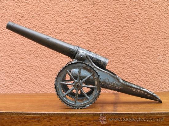 Juguetes antiguos de hojalata: CAÑÓN DE JUGUETE . Alrededor de 1900. Pieza de coleccionista. - Foto 4 - 37976009