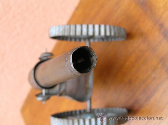 Juguetes antiguos de hojalata: CAÑÓN DE JUGUETE . Alrededor de 1900. Pieza de coleccionista. - Foto 13 - 37976009