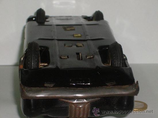Juguetes antiguos de hojalata: Auto de Hojalata Sedán de AmarToy Delhi - Foto 6 - 39091937