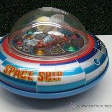 Juguetes antiguos de hojalata - Platillo volante a pilas,space ship x-5,made in Japan - 40029052