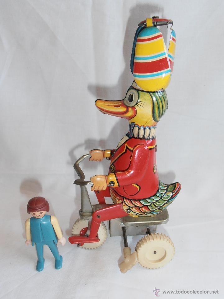 Juguetes antiguos de hojalata: PATO TRICICLO A CUERDA HOJALATA EGE CICLISTA AÑOS 70 IBI ALICANTE - Foto 7 - 40671687