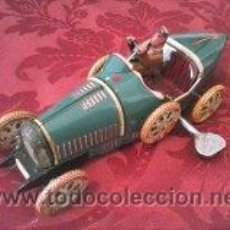 Juguetes antiguos de hojalata: JUGUETE COCHE DE OJALATA . Lote 41741256