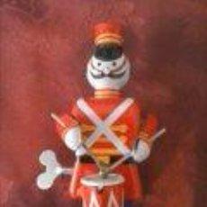 Juguetes antiguos de hojalata - JUGUETE SOLDADO TOCANDO TAMBOR DE HOJALATA - 41741337