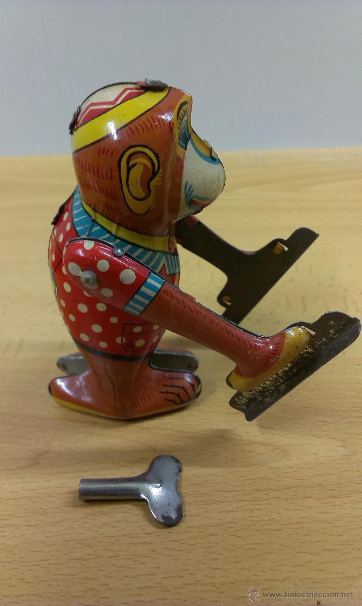 Juguetes antiguos de hojalata: BHALA MANUS JUGUETE HOJALATA A CUERDA - Foto 6 - 42490650