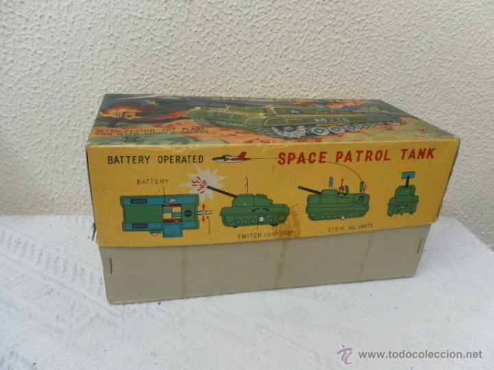 Juguetes antiguos de hojalata: Japan. Tanque. Space Patrol Tank. U.S. Army M-18. Juguete fabricado en Japón. - Foto 14 - 42853986