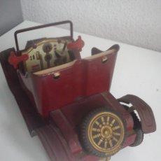 Juguetes antiguos de hojalata: ANTIGUO COCHE HECHO DE HOJALATA AÑOS 50,60 MAD JAPAN DE FRICCION.. Lote 44032334